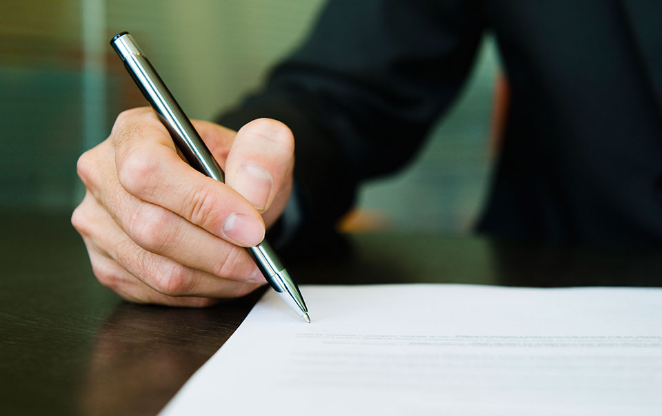 Person signing a certificate of insurance