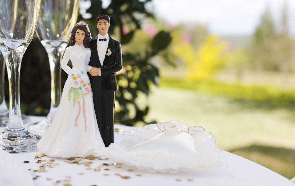 Wedding topper of a couple