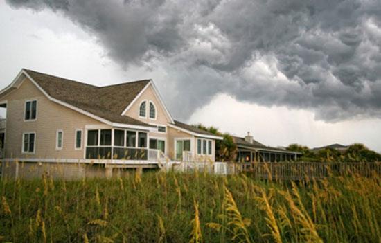 Awe Inspiring Tornado Safety At Home Travelers Insurance Home Interior And Landscaping Oversignezvosmurscom