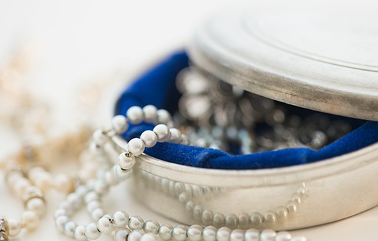 5 tips to protect your possessions with valuable items for Valuable things in your home