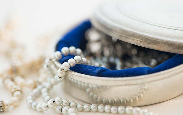 Pearls in a jewelry box that can be covered in valuable items coverage